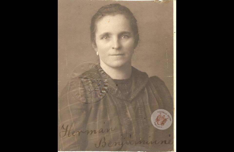 HERMÁN BENJÁMINNÉ az 1920-as években