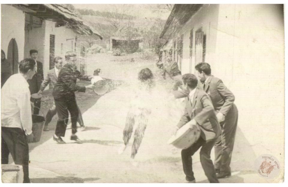 HÚSVÉTI LOCSOLÁS 1962 3.kép