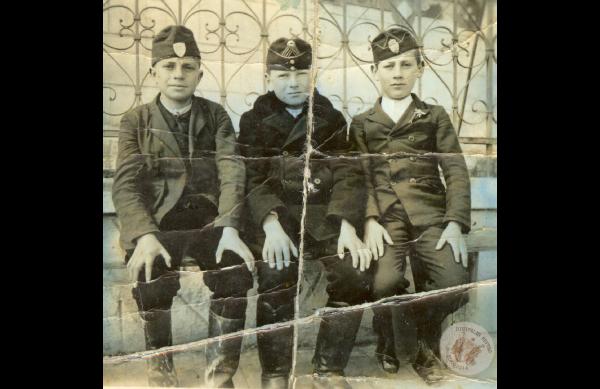 0067 40. Kis katonák a 40-es évek elején Kollár J-nétól