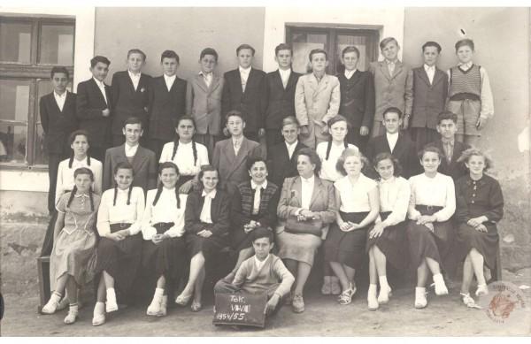 0040 osztalykep_1954-55_VII-VIIIo_HJ-ne